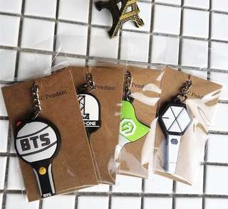 Lightstick Rubber Keychain WANNA ONE GOT7 BTS EXO AHGASE WANNABLE EXOL ARMY