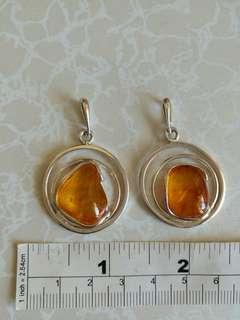 兩個天然琥珀純銀吊咀亦可改作耳環用