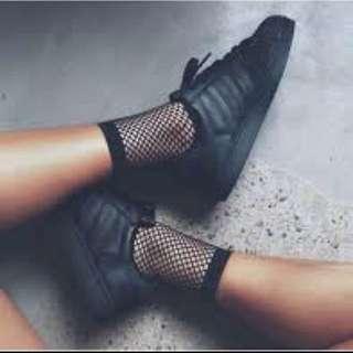 Fish Net Socks (black /white)