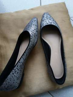 Charles and Keith flat