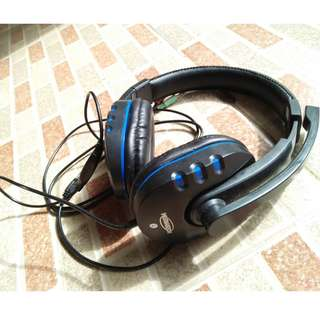 F07-Microphone warna hitam-biru