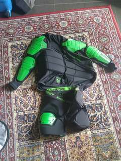 Snowboard body armour padded protector