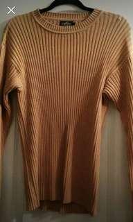 Long sleeve sweater (small)