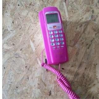 F07-Telephone rumah warna pink