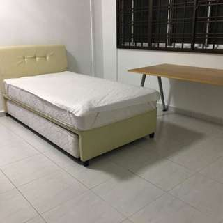 Room for rent in Boon Lay