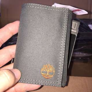 100% REAL TIMBERLAND OLIVE GREEN TRIFOLD ID WALLET