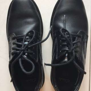 Clark Boys Black Leather UK size 1G