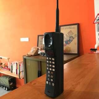 🚚 「早期黑金剛行動電話 」  早期 古董 復古 懷舊 稀少 有緣 大同寶寶 黑松 沙士 鐵件 40年 50年