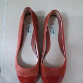 Clarks Narrative red shoe