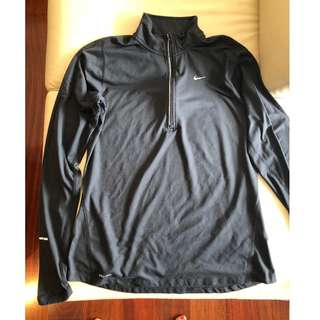 Nike - M - Dri Fit Element - Half Zip Long Sleeve Top (Black)