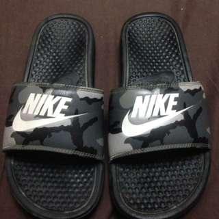 Nike Benassi Slides (Camo)