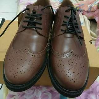 Sepatu kulit (Bein wickel)