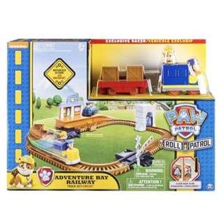 Paw Patrol, Adventure Bay Railway Track Set with Exclusive Vehicle