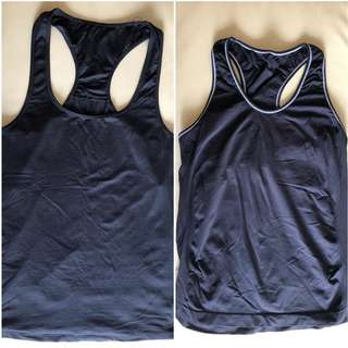 2x M - Black Training Singlet Tops