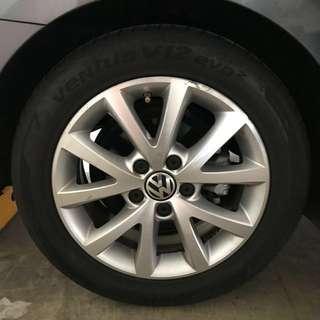 Volkswagen Jetta set of 4 Wheels Rims with Hankook Ventus V12 evo2
