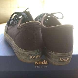 Sepatu Keds
