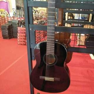 Yahama Claaaical Guitar C40 BL