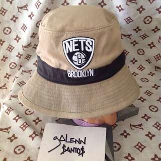 BROOKLYN NETS BUCKET HAT
