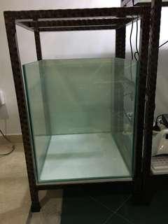 """Fish Tank with Stand Fish tank 18"""" x 18""""x 18"""" (W x L x H) 6mm - (45cmx45xmx45xm)"""