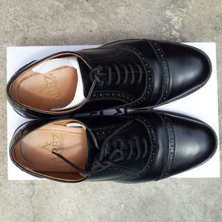 Oxford full black