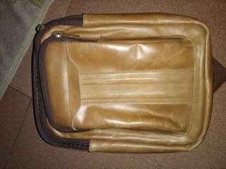 Tas slempang kulit asli garut