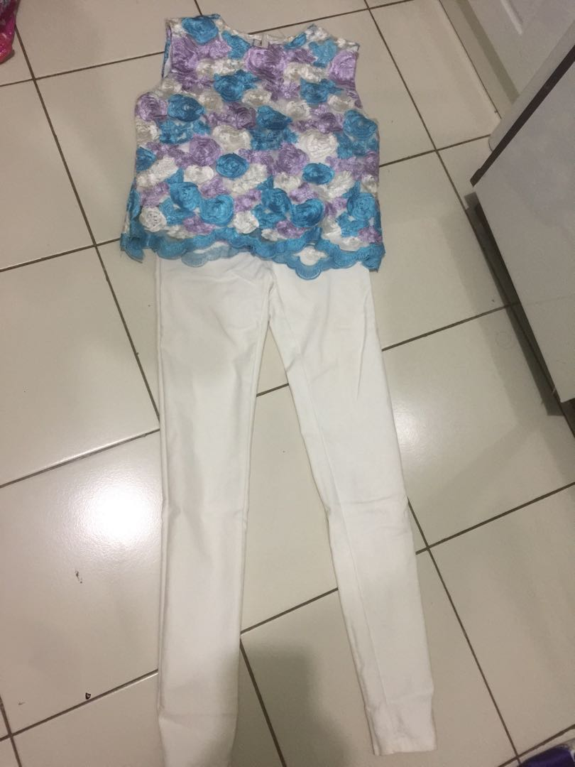 #123MoveOn Miss Hotty pants and brocade top
