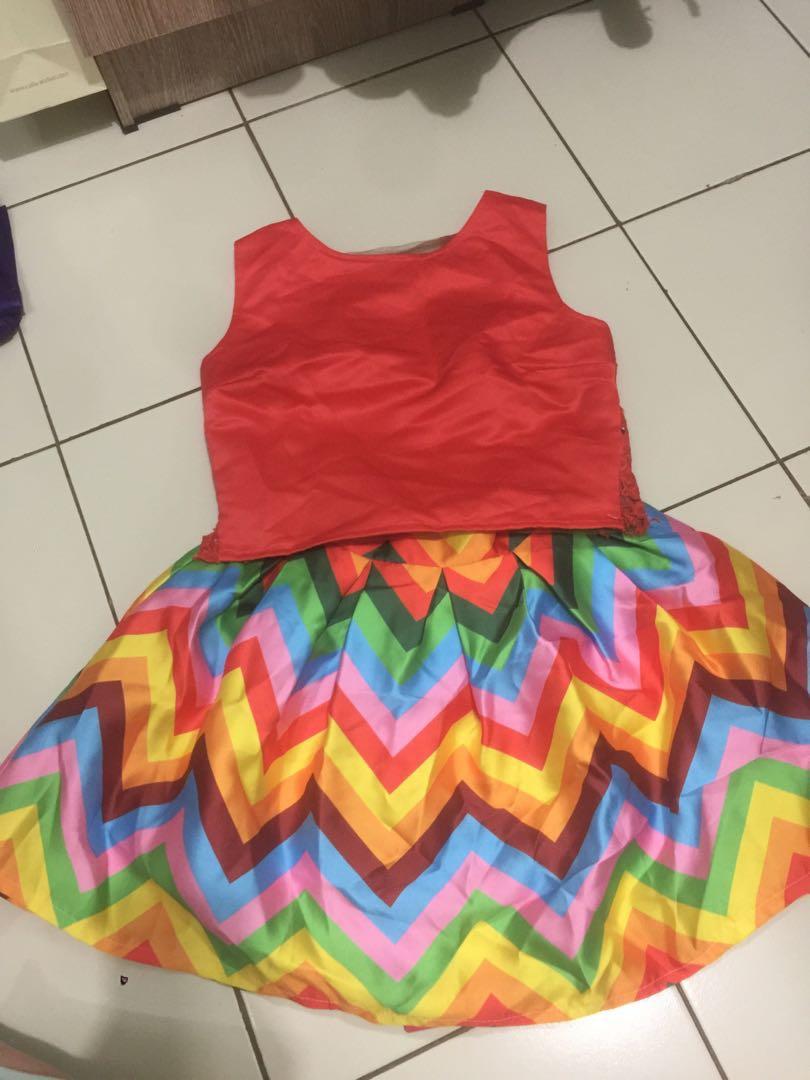 #123MoveOn Valentino skirt and Vivorie Ribbon top