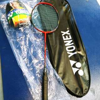 Voltric Z Force II badminton Racquet with sustained, ultimate power    Level: Advanced  Type: Offensive