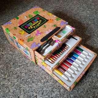Dinosaur World Art Set (Crayons, colour pencils, magic colour pens , poster colour)