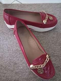 Sepatu wedges chanel