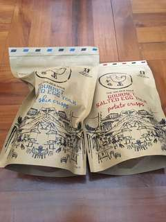 新加坡金鴨咸蛋魚皮及薯片各一包