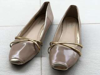 Cavawia Pink Gold Flat Shoes