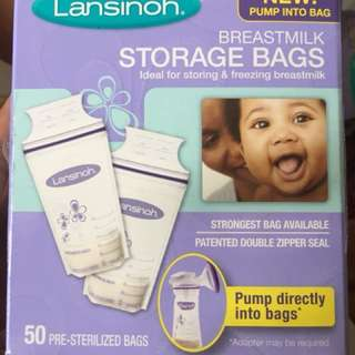 Lansinoh Breastmilk Storage Bags With Convenient Pour Spout and Patented Double Zipper Seal, Ideal for Storing and Freezing Breastmilk, 50 Count, BPA and BPS Free