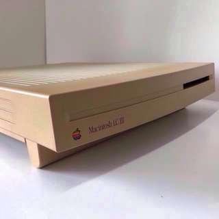 Vintage Macintosh LCIII (1993)