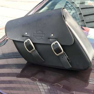 Harley Saddlebag