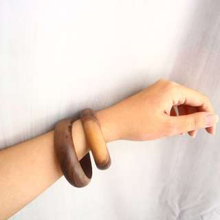 1 set wooden bangles (big)