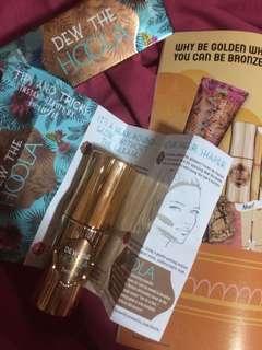 Benefit bronzer Dew the Hoola