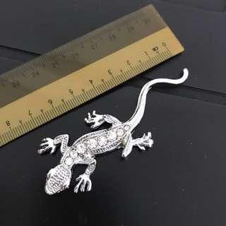 Car decoration - Lizard