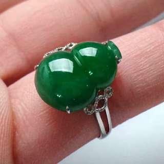 🍀18K White Gold - Grade A 冰糯 Full Green Calabash 葫芦 Jadeite Jade Ring🍀