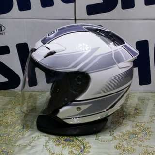 *PRE-OWNED* Size M SURGE WHITE /SILVER Shoei JF3 used 57cm