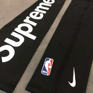Nike X supreme 護臂手袖套