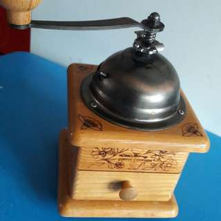 Preloved Vintage Kono Cofee Syphon Grinder