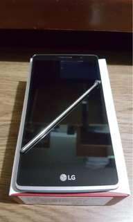 LG G4 stylus mobile phone