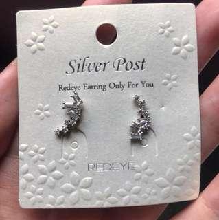 Earrings from Redeye Korea