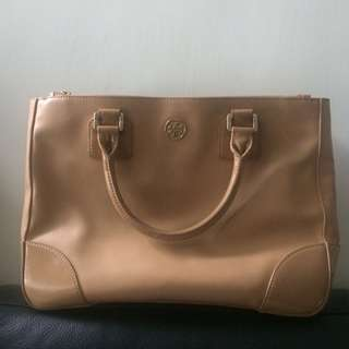 Tory Burch beige handbag 👜 裸色手袋