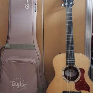 Taylor GS Mini Semi acoustic guitar