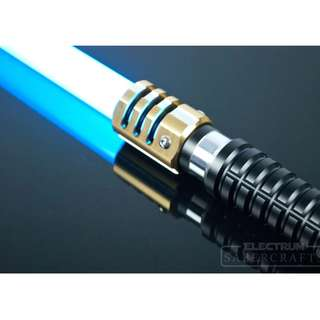 Electrum Sabercraft Remnant Lightsaber ( Light Weathered Version )