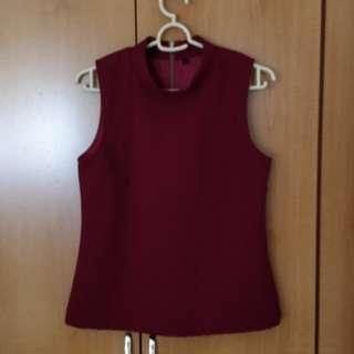 Sleeveless Hi-neck Top (Maroon colour)