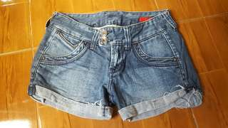 People are people shorts (pre loved)