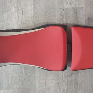 CRF 1000L Africa Twin Seat